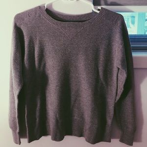 American Eagle- Sweater